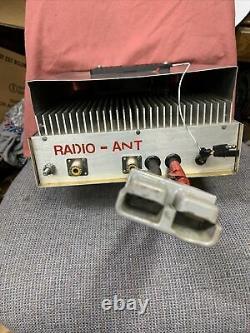 HDE 8 Pill Mobile Linear Amp, Ham Amp Genuine TOSHIBA Transistors NICE LOOK