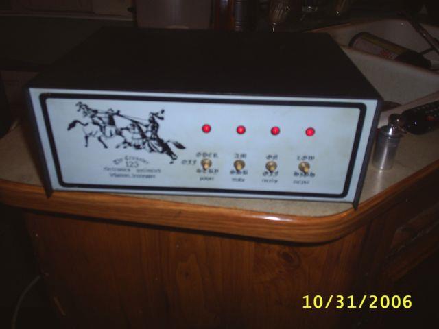 Vintage The Crusader 125 Linear Amplifier Cb/ Ham Radio, Turns On Look